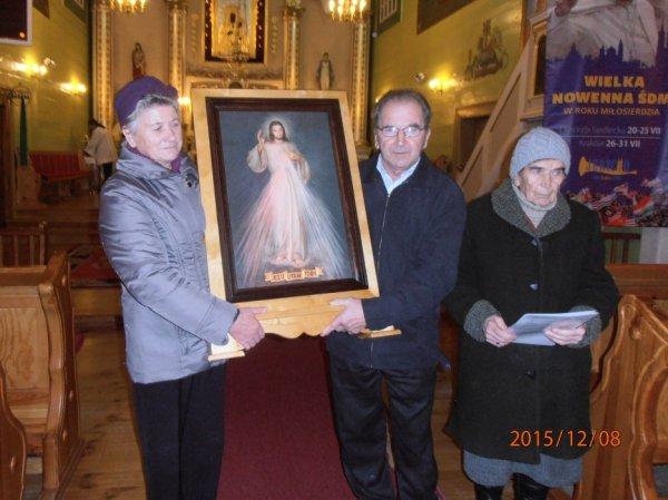 Pierwsza rodzina przyjmuje obraz .5.JPG